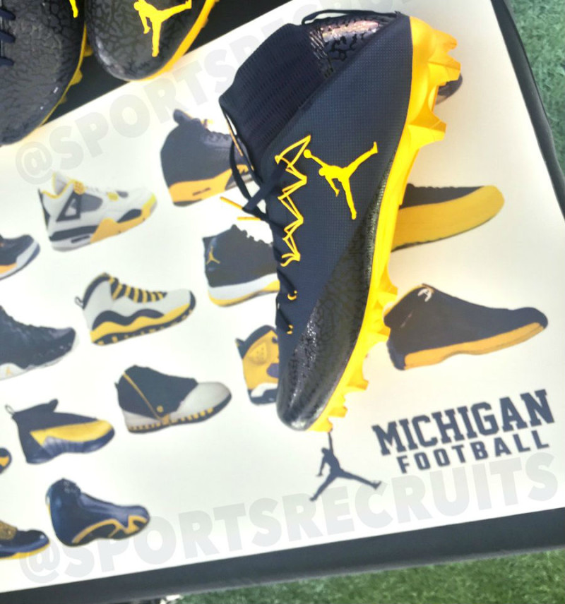 michigan-air-jordan-retros_rk64zm