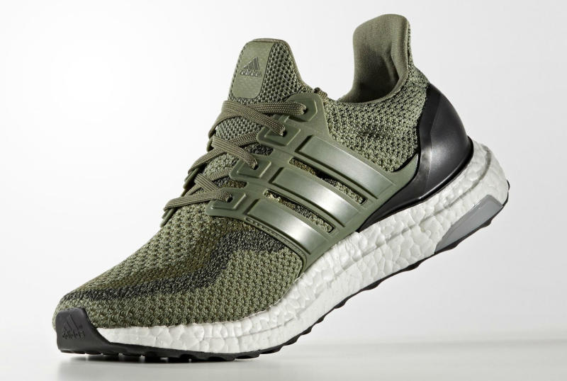 military-green-ultra-boost_03