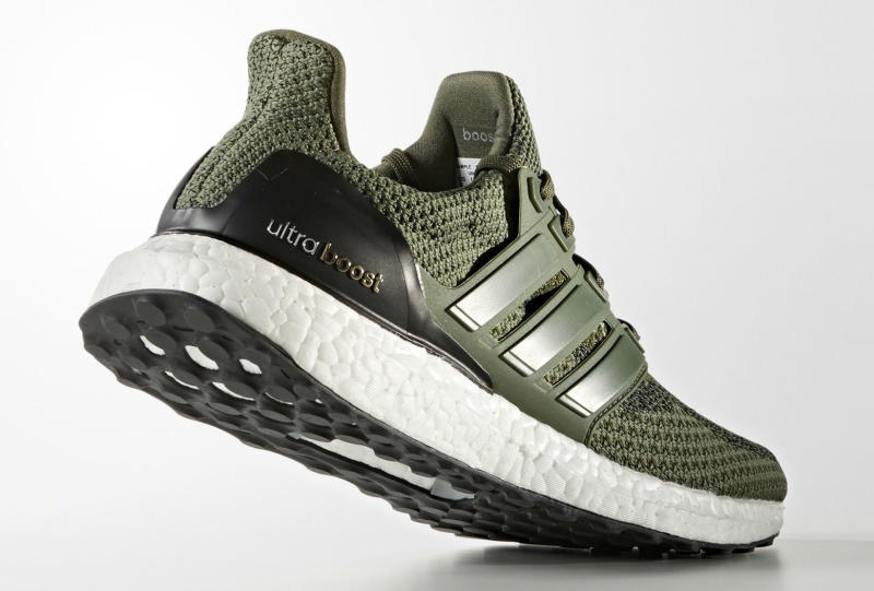 military-green-ultra-boost_04