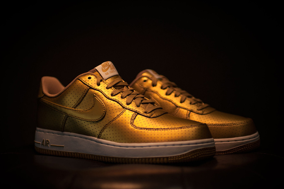 nike-air-force-1-gold
