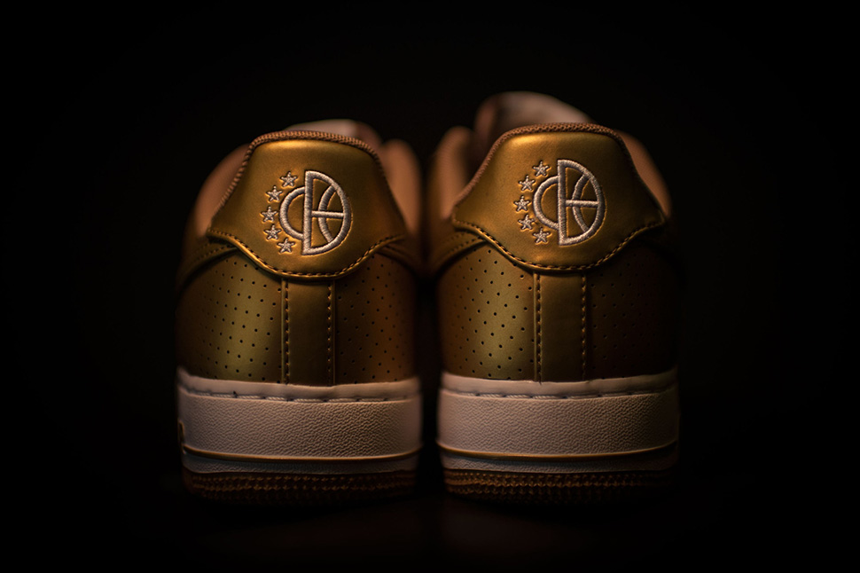 nike-air-force-1-gold_03