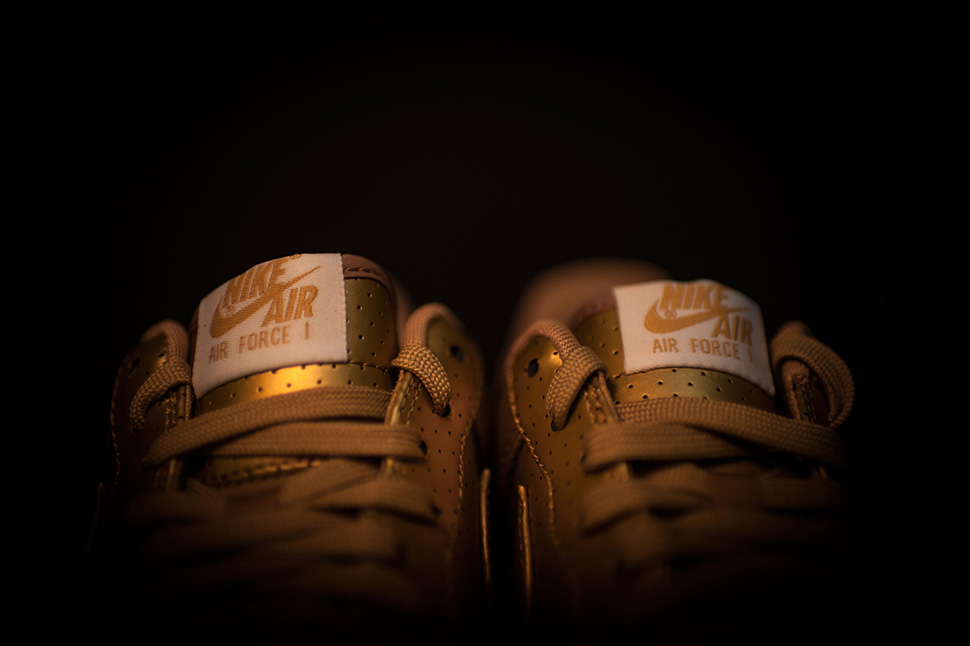 nike-air-force-1-gold_04