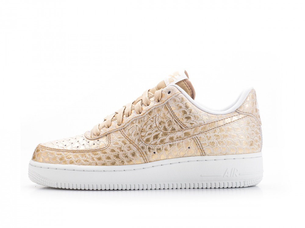 nike-air-force-1-lv8-gold-0