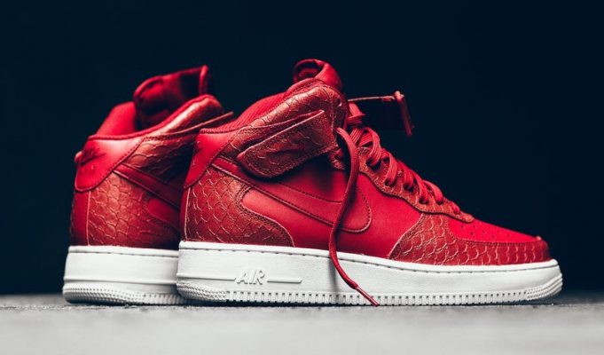 nike-air-force-1-mid-red-python-1-681x400