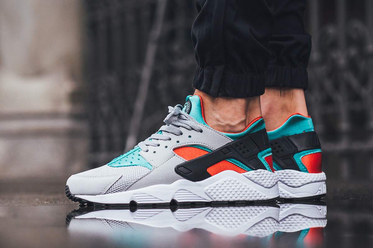 nike-air-huarache-clear-jade