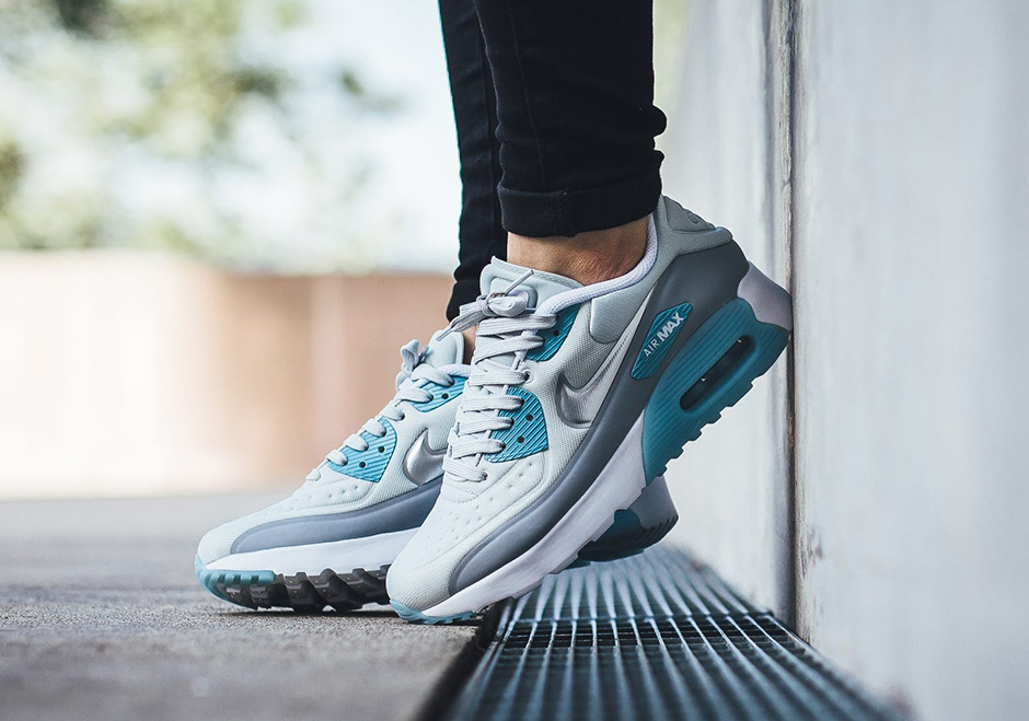 nike-air-max-90-ultra-se-pure-platinum-silver-ice-blue