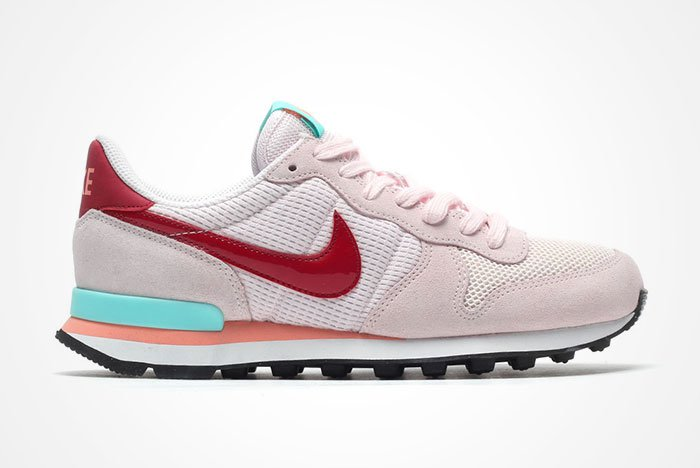 nike-internationalist-pearl-pink-1