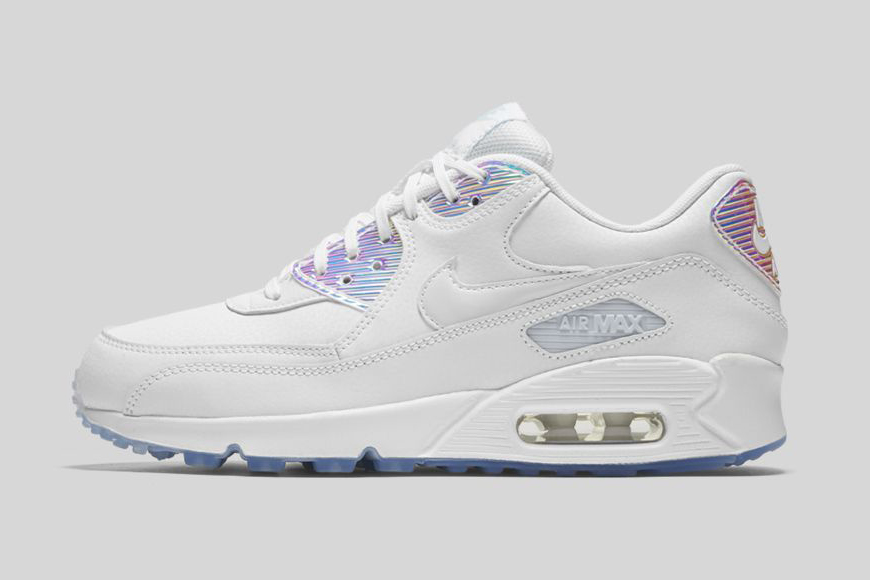 nike-iridescent-pack-3