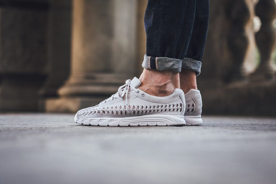 nike-mayfly-woven-neutral-grey