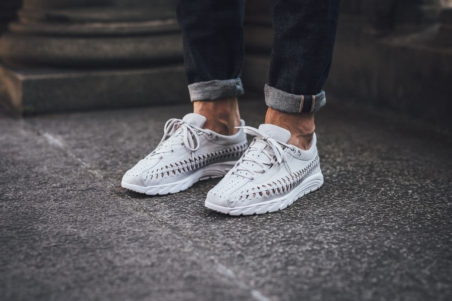 nike-mayfly-woven-neutral-grey_02