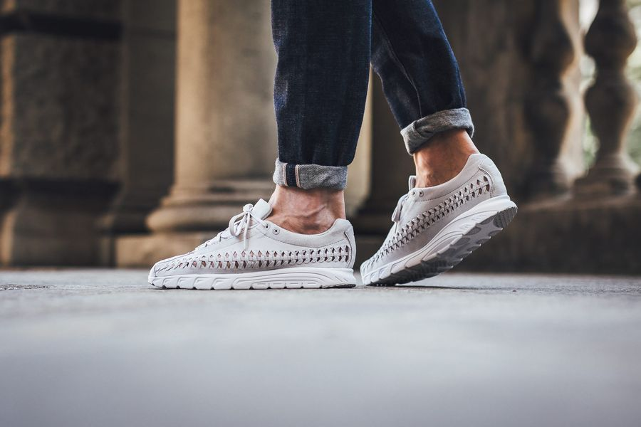 nike-mayfly-woven-neutral-grey_03