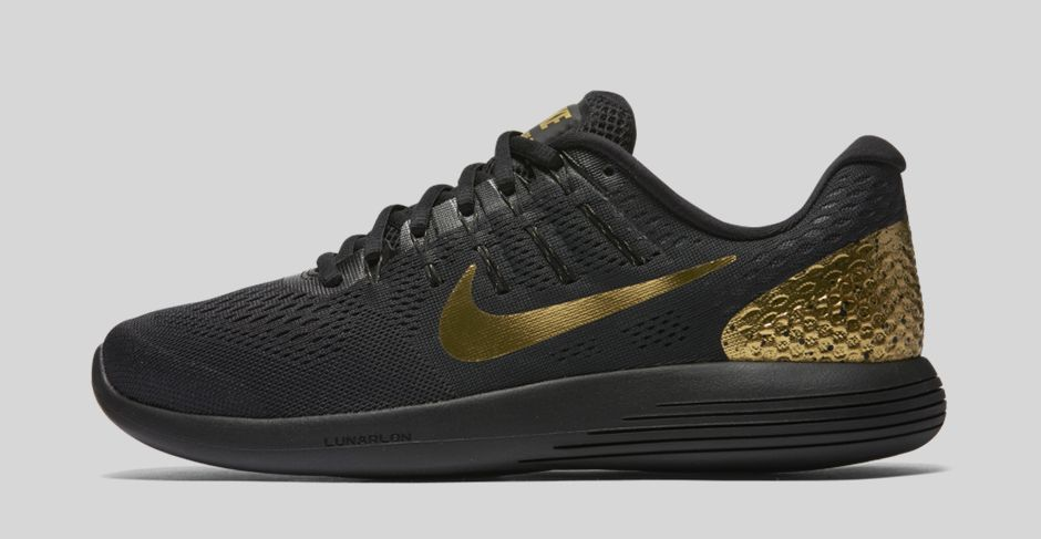 nike-running-black-&-gold-pack-3