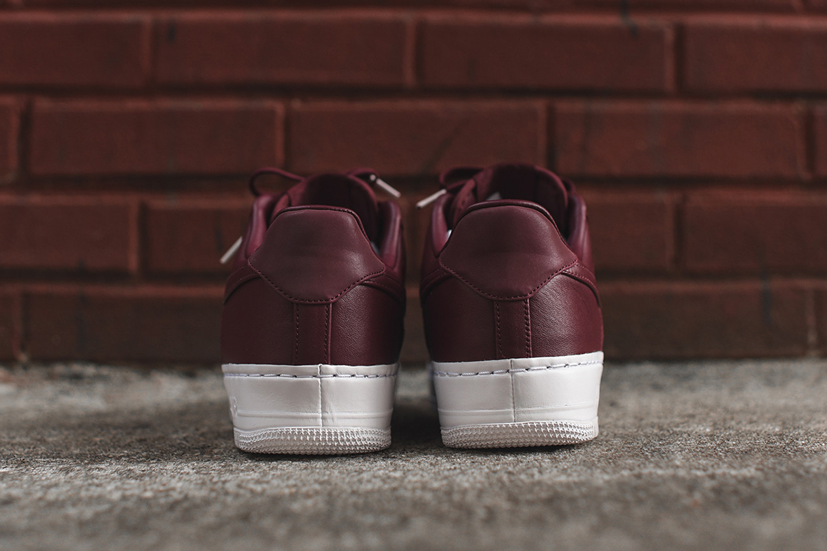 nikelab-air-force-1-low-night-maroon_02