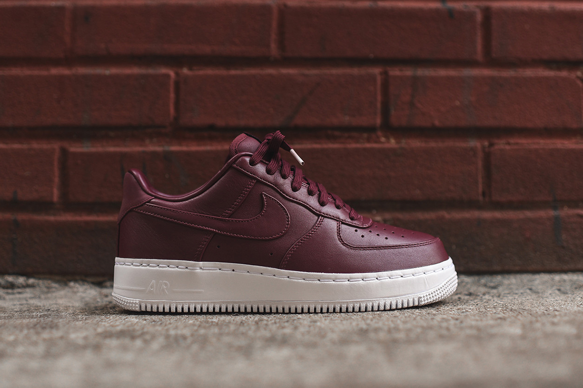 nikelab-air-force-1-low-night-maroon_05