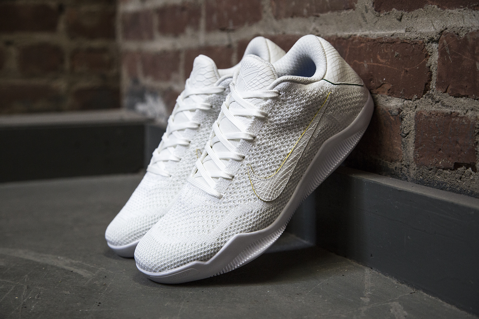 nikelab-kobe-xi-elite-low-brazil-1