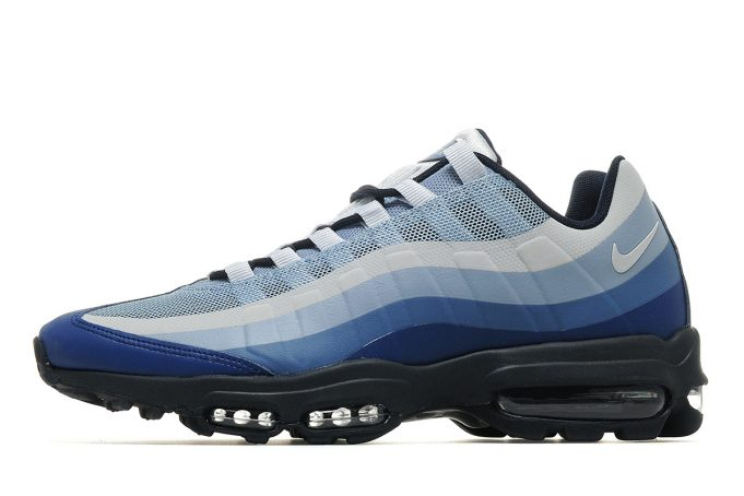 nike-air-max-95-ultra-essential-blue-681x454