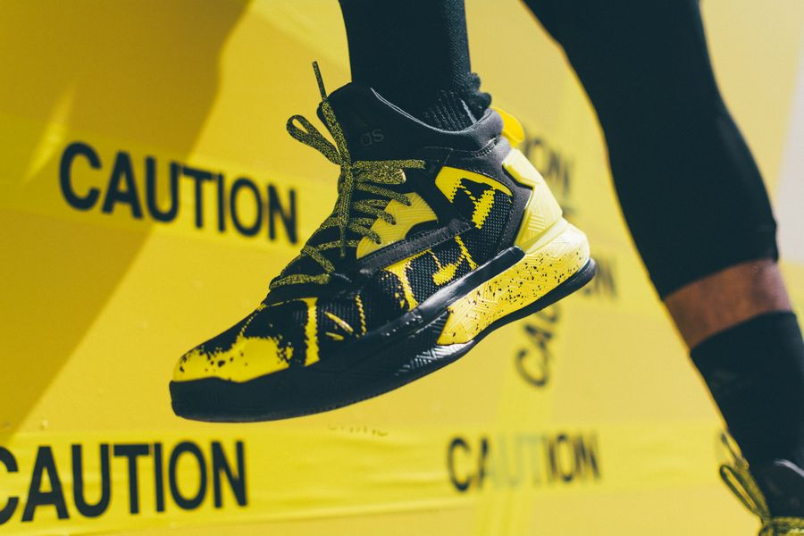 adidas-dlillard-yellow-tape_07