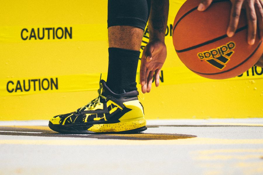 adidas-dlillard-yellow-tape_12