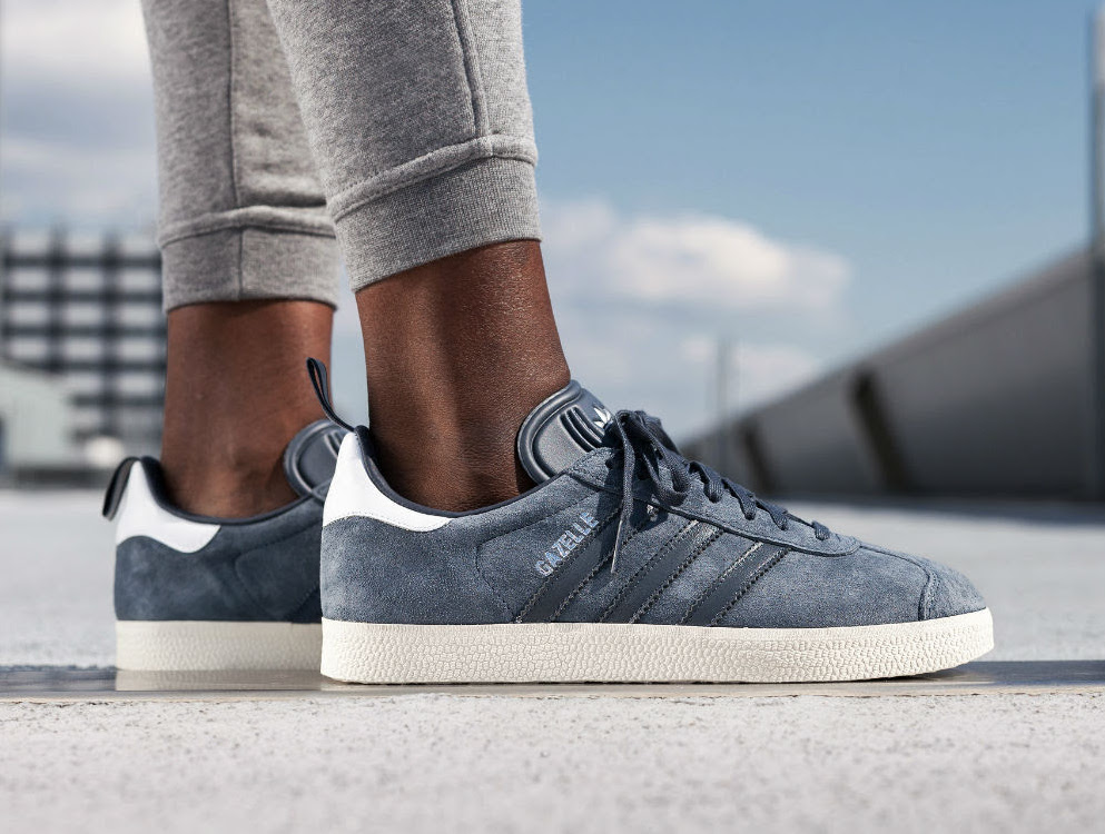 adidas-gazelle-blue-silver-metallic-1