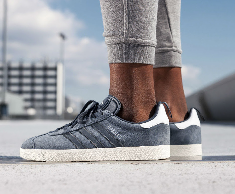 adidas-gazelle-blue-silver-metallic-2