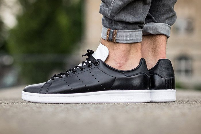 adidas-stan-smith-core-black-white-1