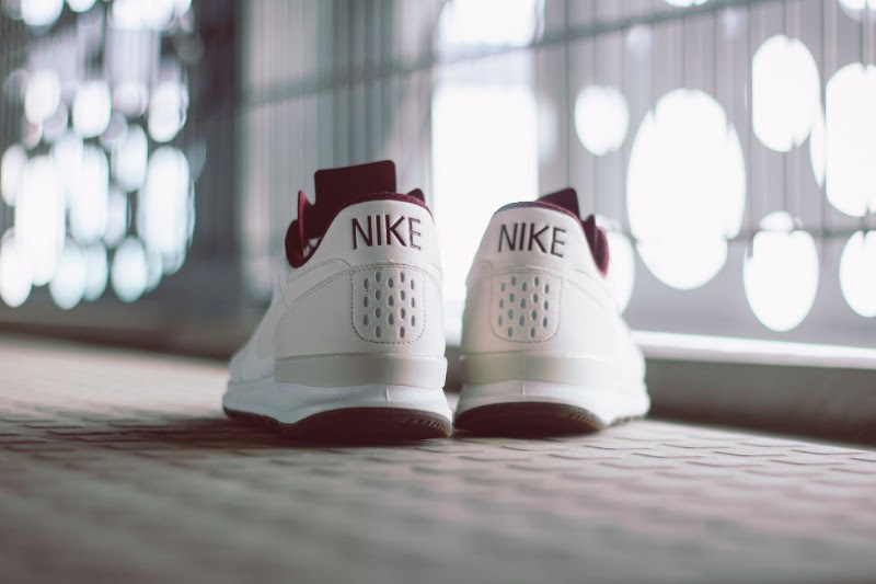nike-air-berwuda-premium-night-maroon-3