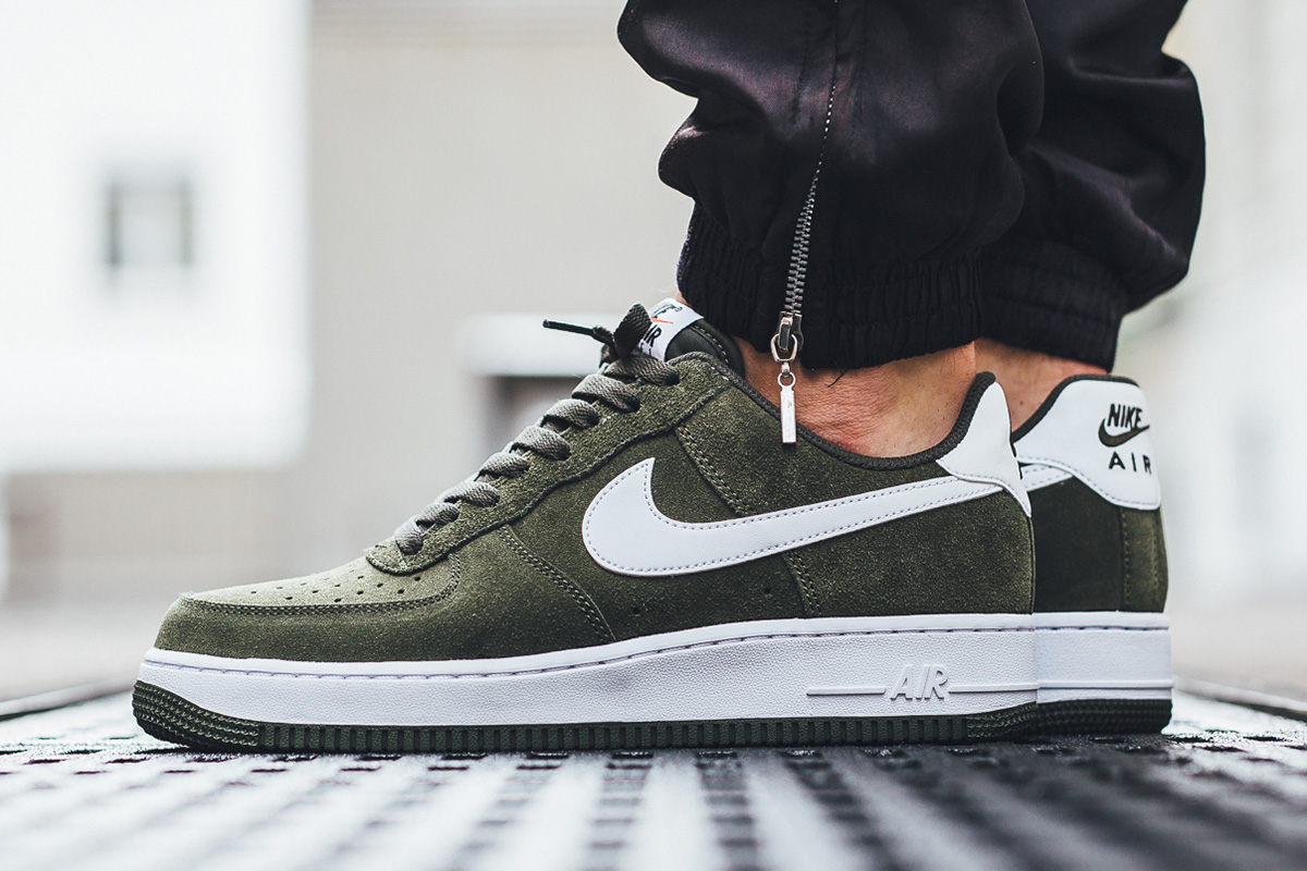 nike-air-force-1-low-cargo-khaki-1