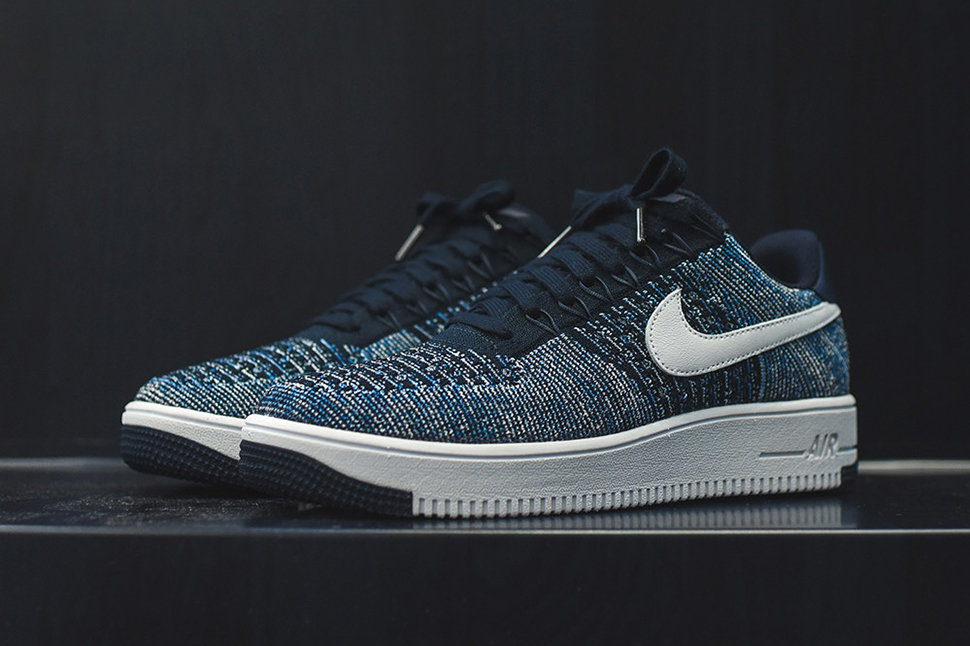 nike-air-force-1-ultra-flyknit-low-obsidian-2