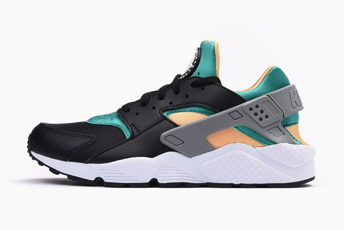 nike-air-huarache-black-emerald-resin