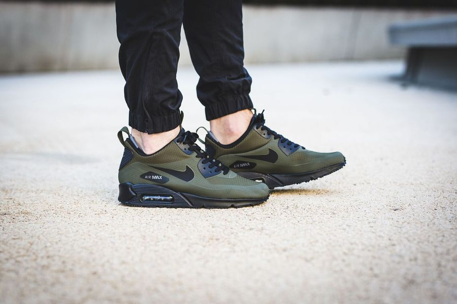 nike-air-max-90-winter-loden_02
