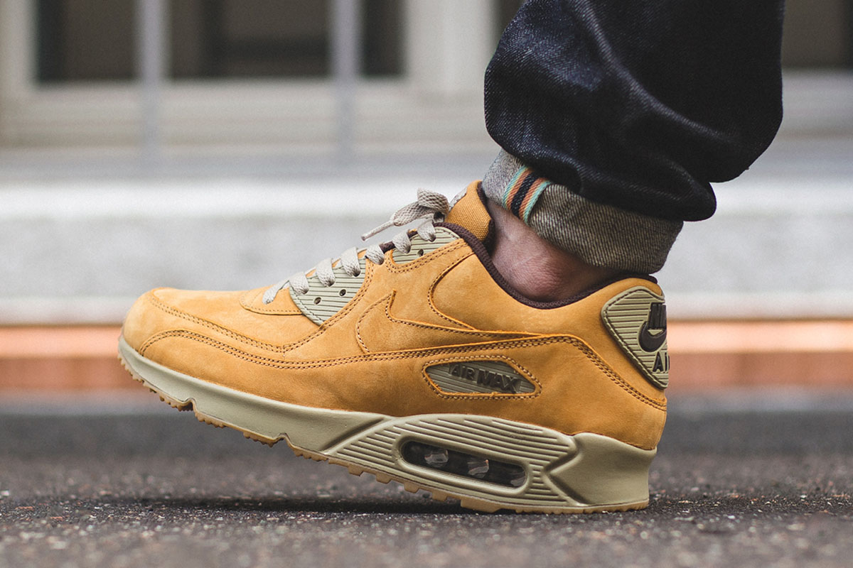 nike-air-max-90-winter-premium-bronze-3