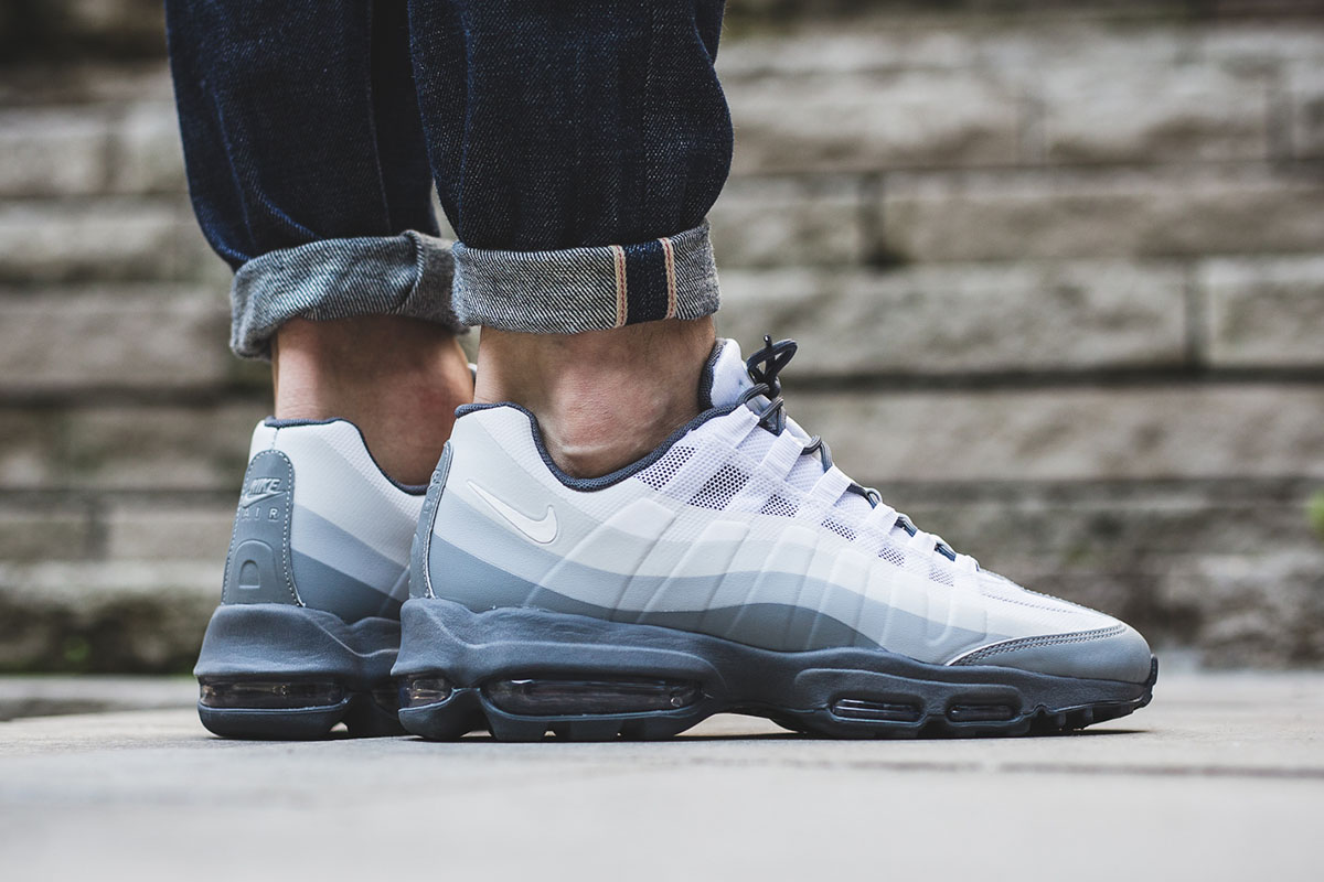 nike-air-max-95-ultra-essential-stealth-grey-2