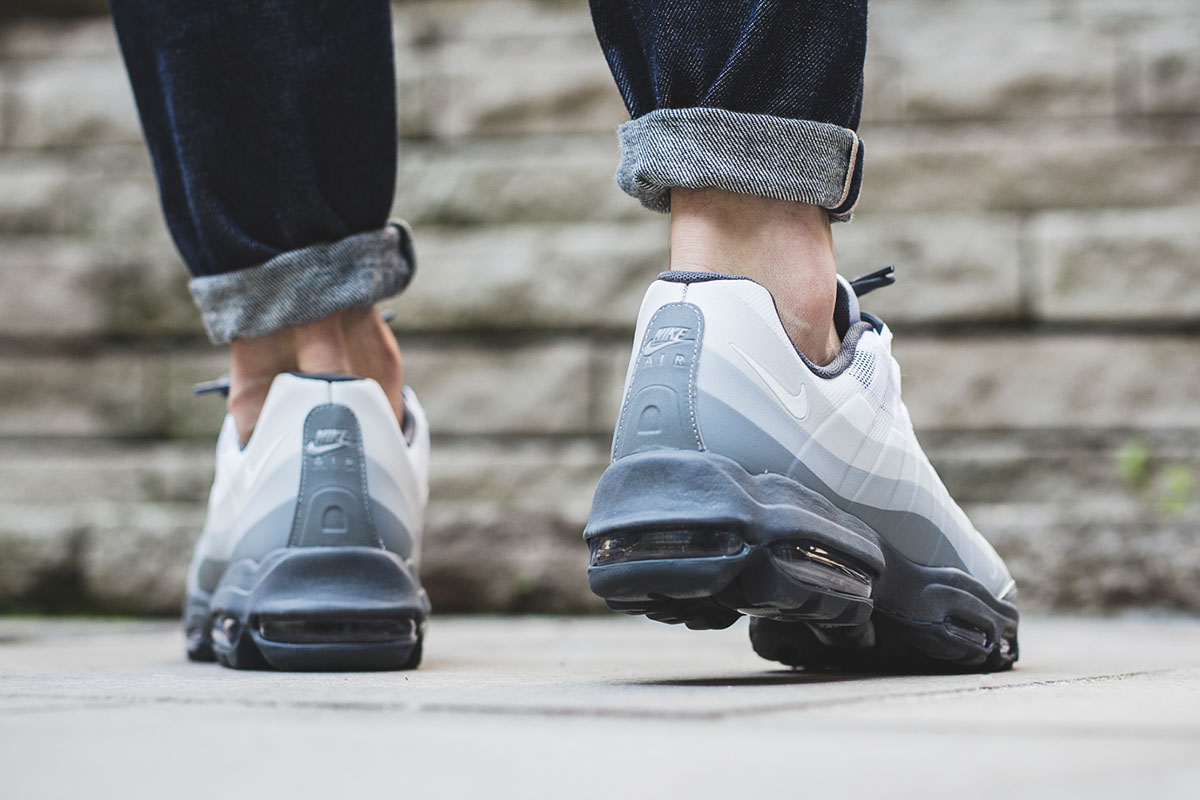 nike-air-max-95-ultra-essential-stealth-grey-3