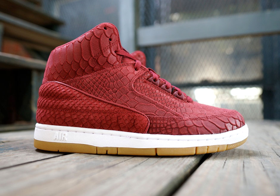 nike-air-python-red-snakeskin-1