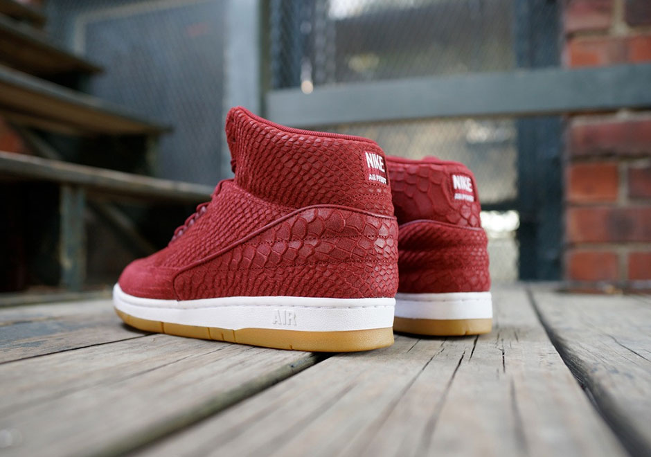 nike-air-python-red-snakeskin-5