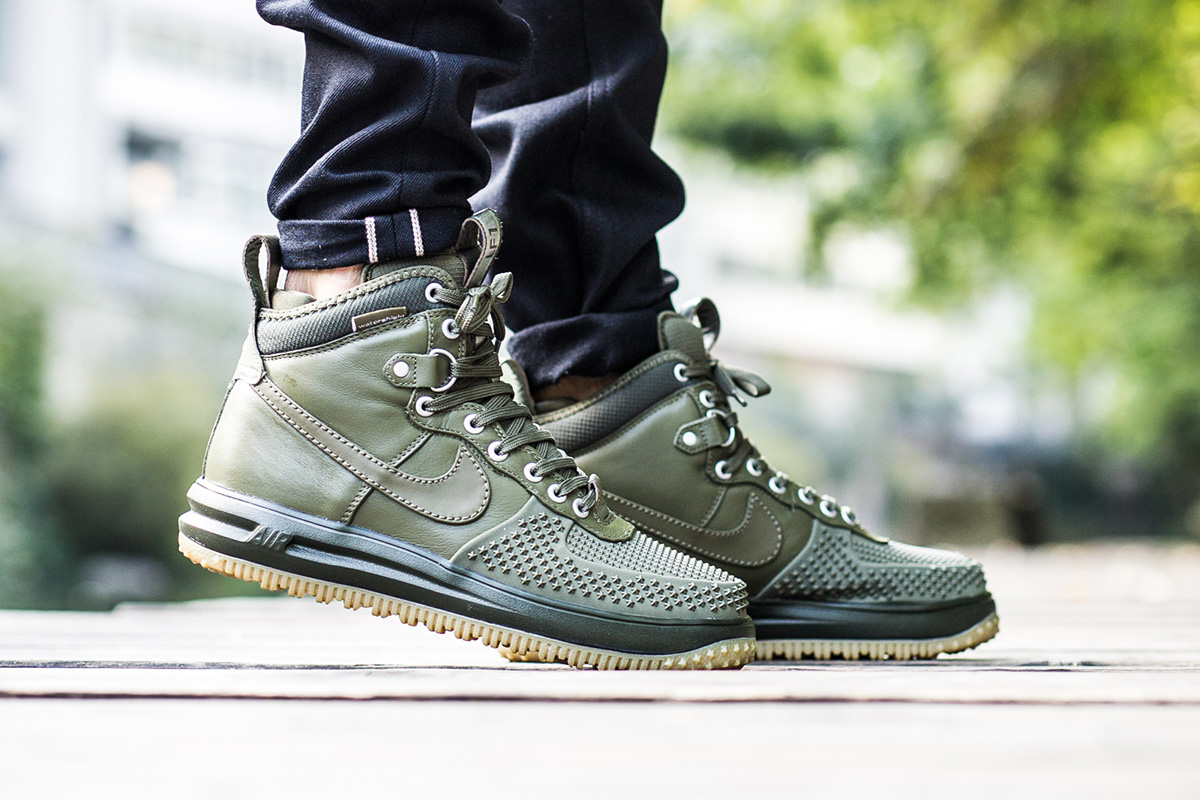 nike-lunar-force-1-duckboot-medium-olive-2