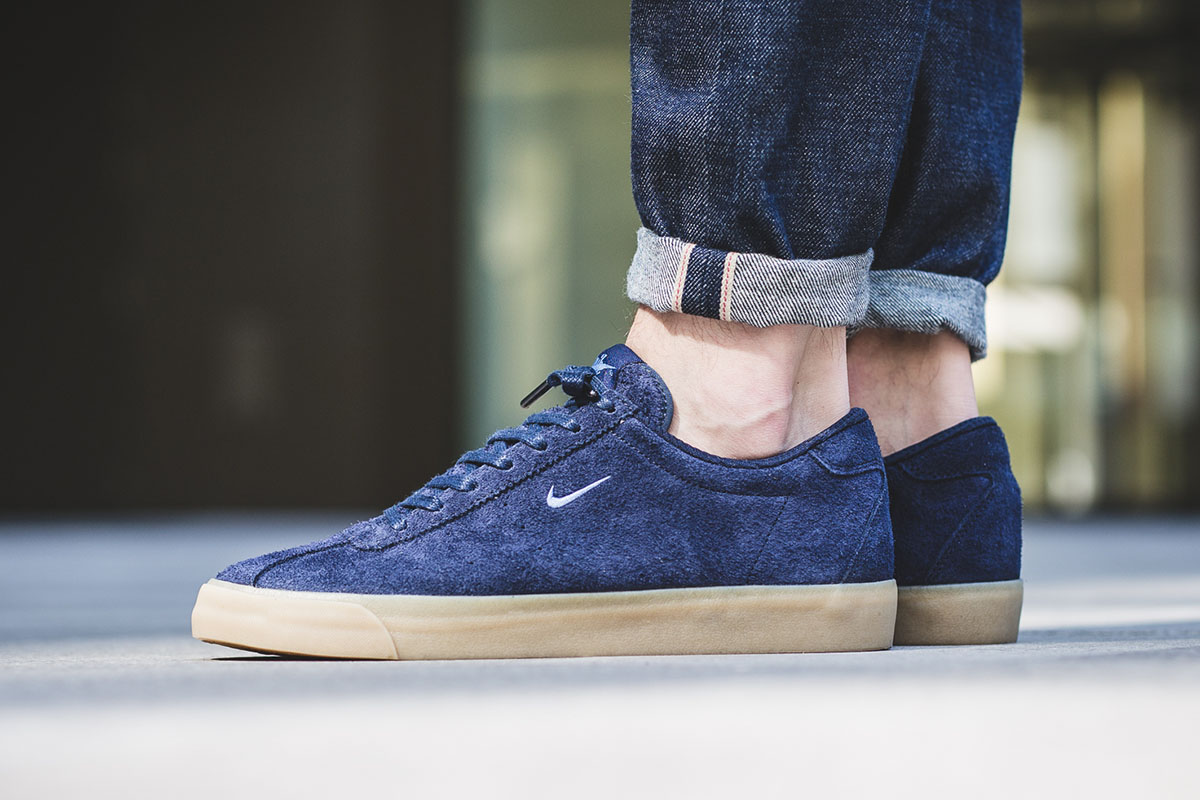 nike-match-classic-suede-obsidian-1