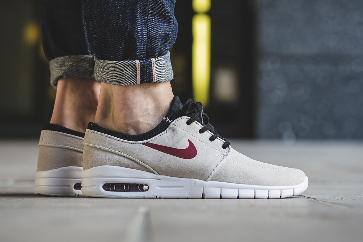 nike-sb-stefan-janoski-max-suede-light-bone-team-red-1