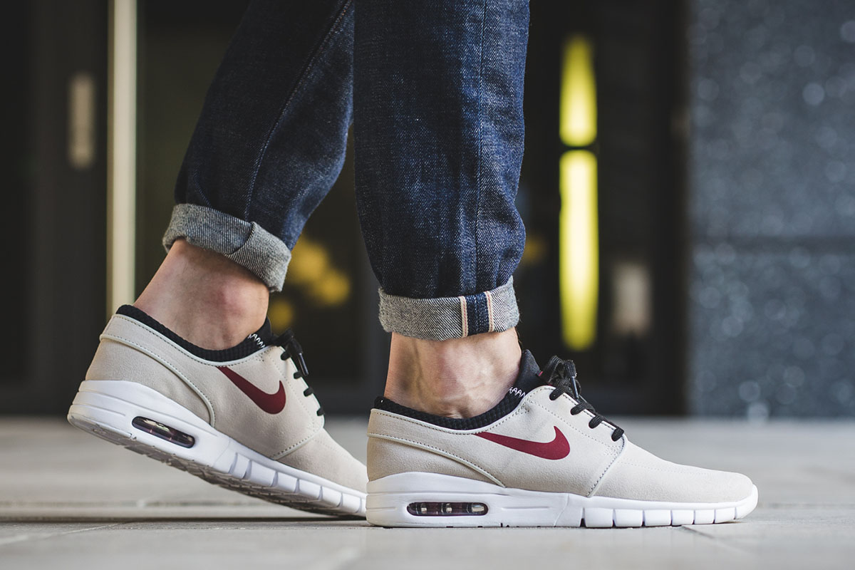 nike-sb-stefan-janoski-max-suede-light-bone-team-red-2