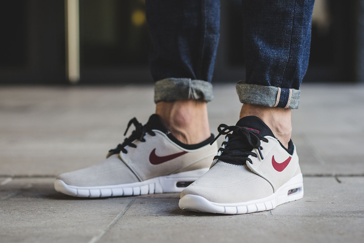 nike-sb-stefan-janoski-max-suede-light-bone-team-red-3