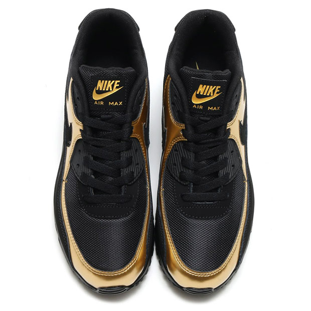 nike-sportswear-black-and-gold-pack-10
