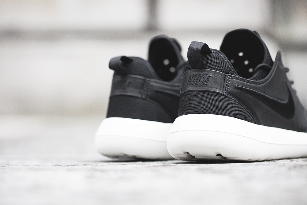 nikelab-roshe-two-leather-8