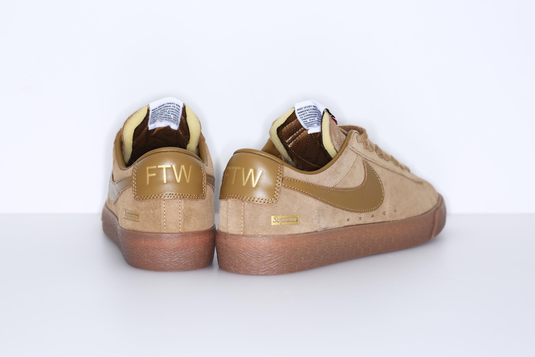 supreme-nike-sb-blazer-low-pack-3