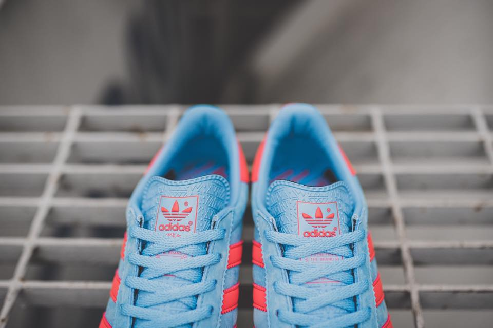 adidas-gt-manchester-spzl-lightblue-bright-red-4