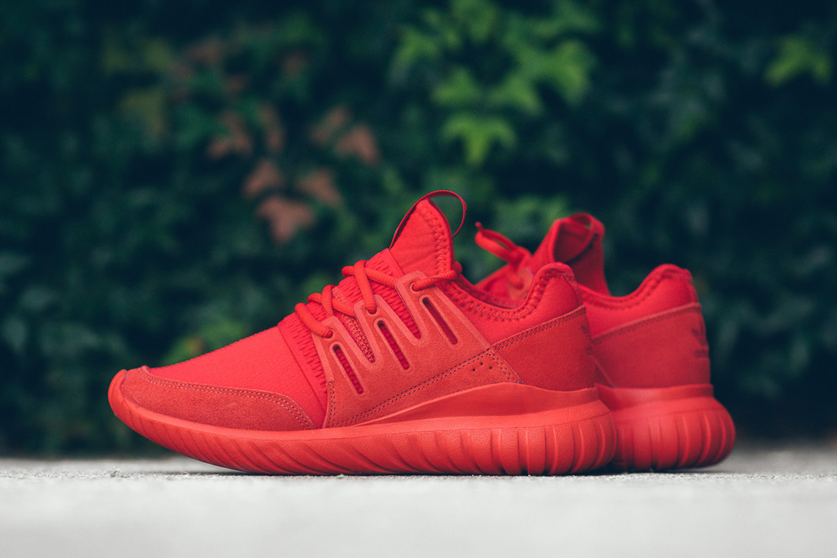 adidas-tubular-radial-triple-red-1