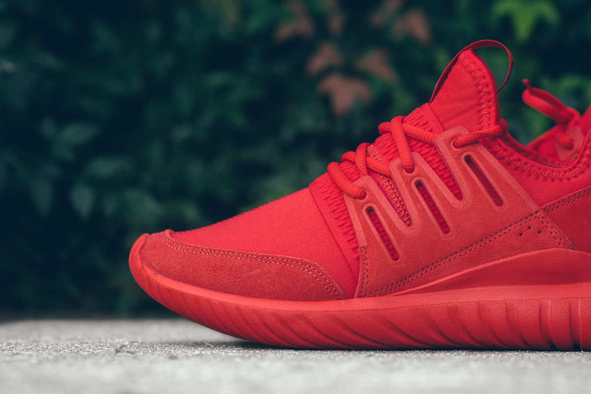 adidas-tubular-radial-triple-red-2