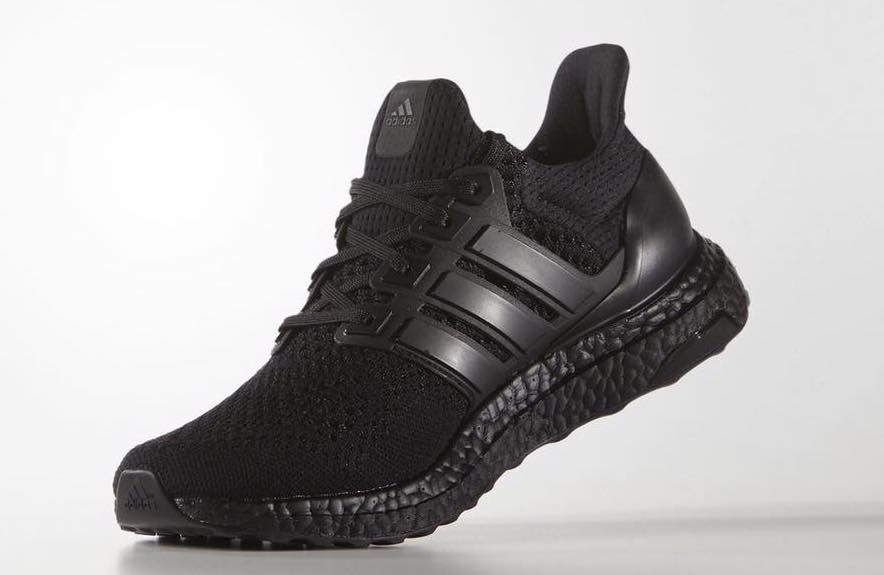 adidas-ultra-boost-black-2