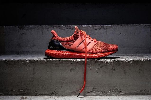 adidas-ultra-boost-black-red