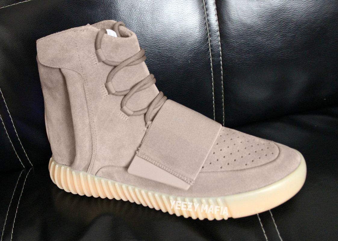 adidas-yeezy-boost-750-chocolate-glow-in-the-dark-1