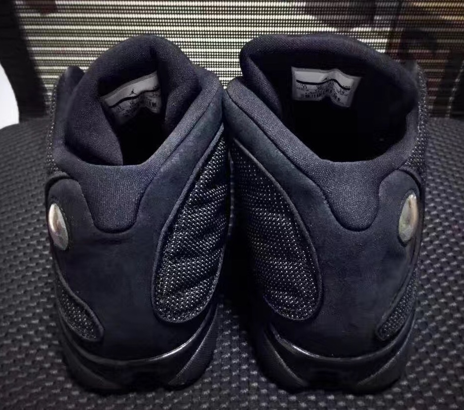 air-jordan-13-black-cat-3